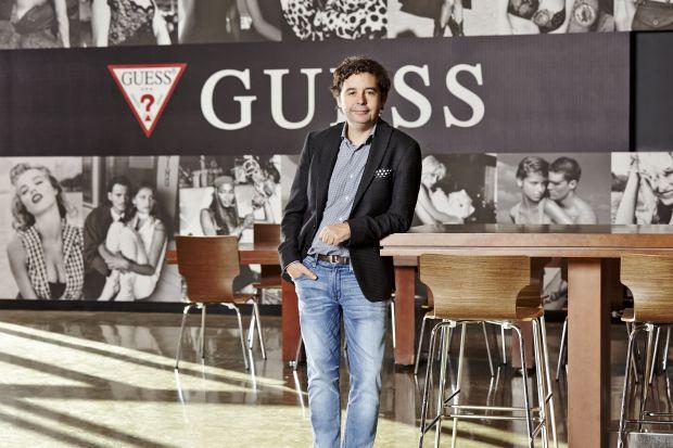 Victor herrero Guess presenta su Flagship store