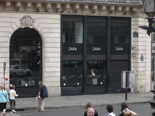 Nueva pop up de Zara en Milán